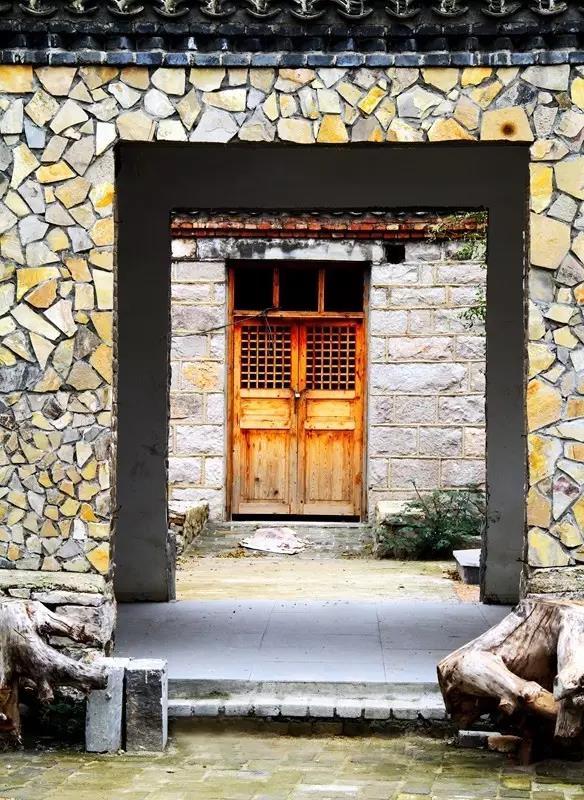 天朗施工-西李石头房子